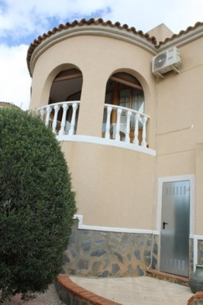 Villa - For rent - Benijófar - Alicante