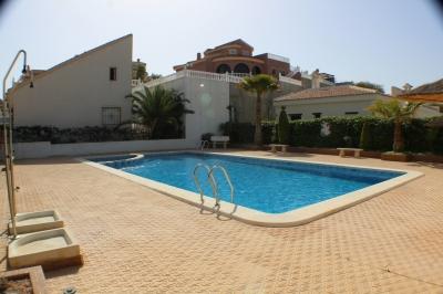 Townhouse - For sale - Ciudad Quesada - Alicante