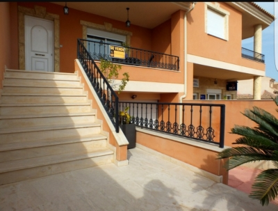Terraced house - For sale - Benijófar - Alicante