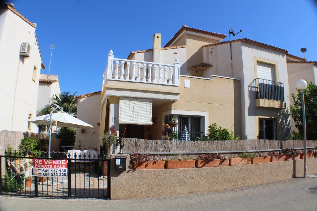 Chalet - For sale - Algorfa - Alicante