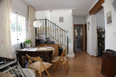 Chalet - For rent - Algorfa - Alicante