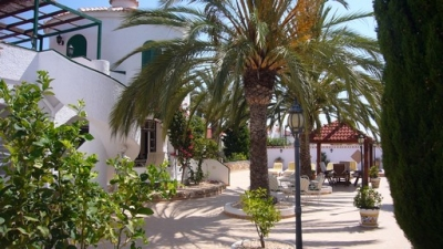 Villa - For rent - Rojales - Alicante